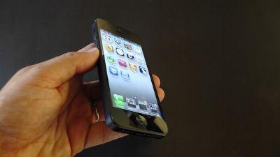 Apple starebbe ufficialmente sviluppando un nuovo iPhone di tipo economico!!