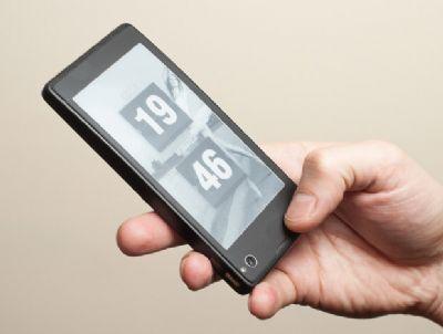 YotaPhone arriverà con tutta probabilità nella seconda metà del 2013