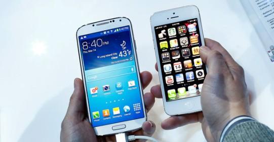 Recensione: Galaxy S4 VS iPhone 5