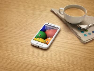 Motorola: finalmente presentato il Moto E, foto